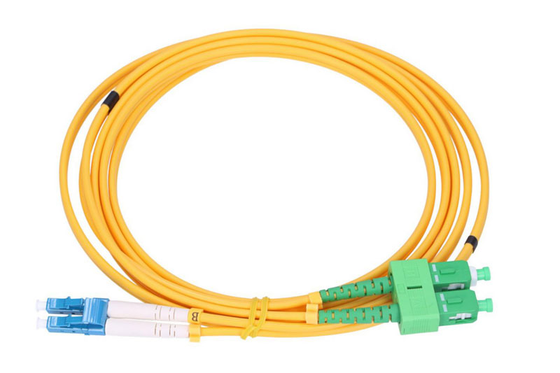 What are the Differences of PC, APC, UPC Interface Fiber Patchcords