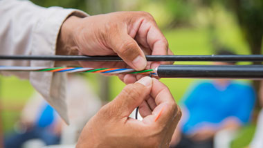 How Do I Choose The Correct Indoor Fiber Cable? What's The Application of Indoor Fiber Cable?